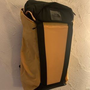 NWT North Face Instigator 32 Backpack
